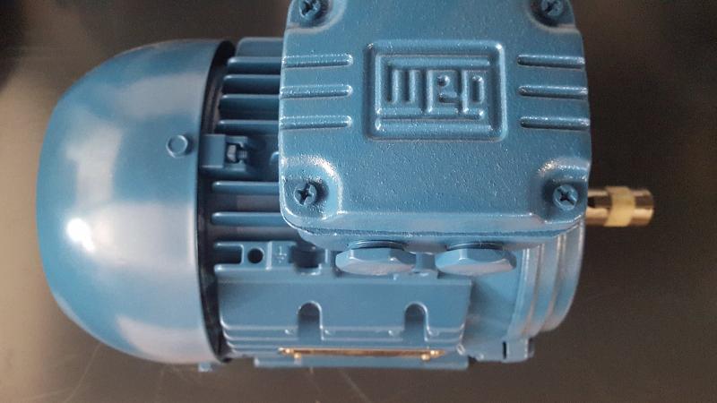 moteurs-electriques-ac-55875-2805473[1]