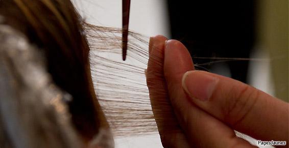Soin des cheveux avec un épointage à Dinard