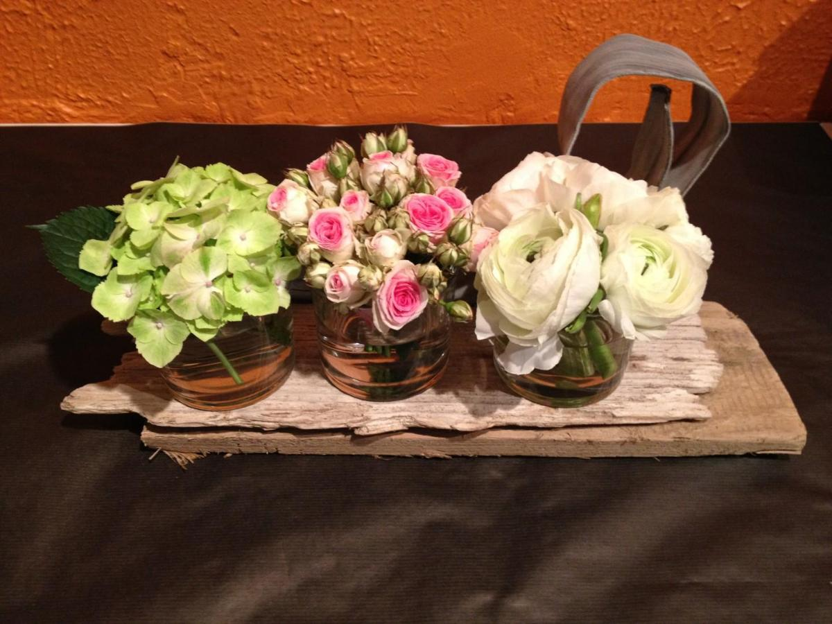décoration de tables mariage thème ' bois flottés'