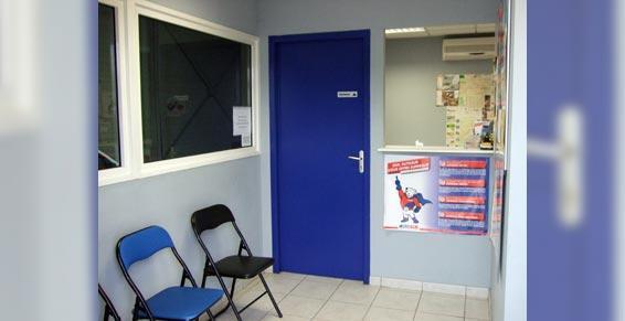 contrôle technique - salle d'attente