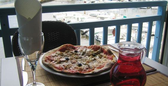 Cuisine métropolitaine et pizzas à La Réunion