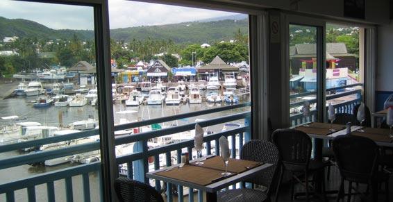 Restaurant avec vue sur le Port de Saint-Gilles à La Réunion