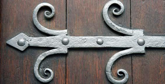 ferronnerie d'art - ferrure de porte