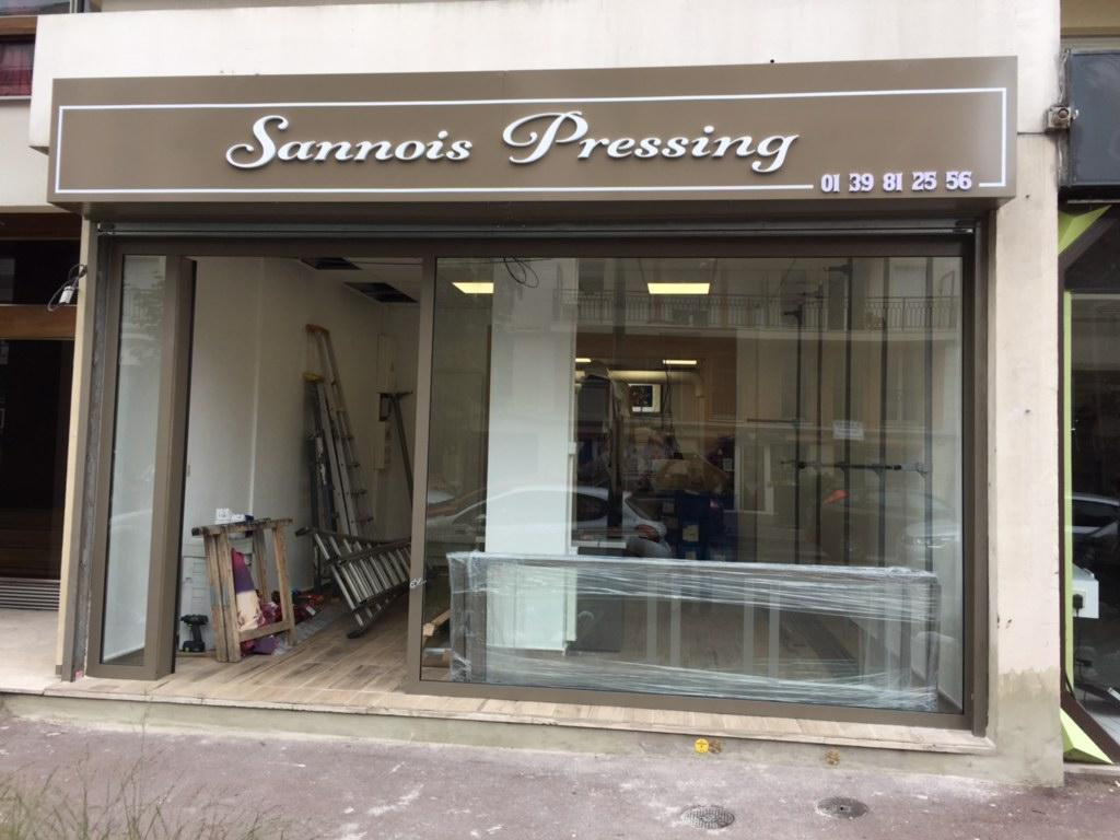 Installation de la facade pret a poser la porte automatique