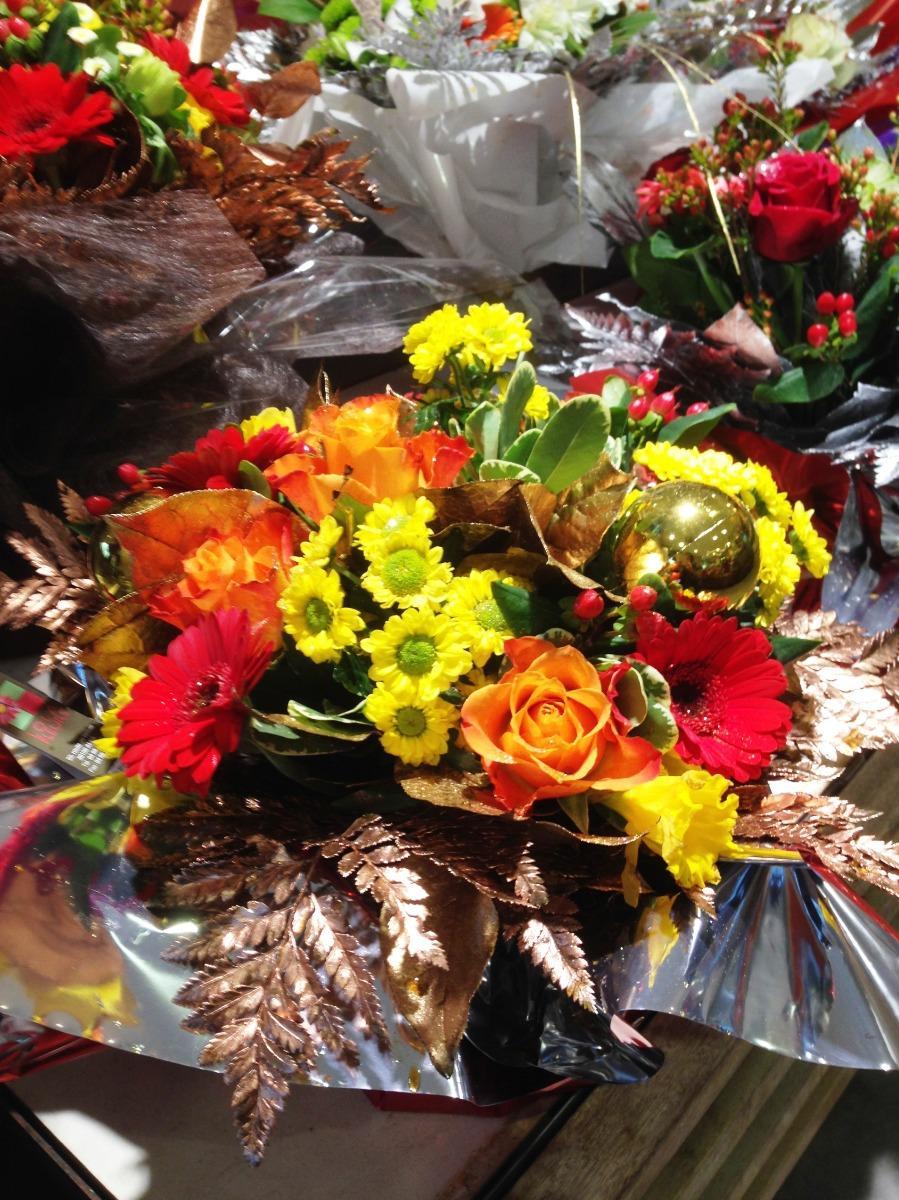Livraison de fleurs pour Noël magasin Lola Fleurs Ales