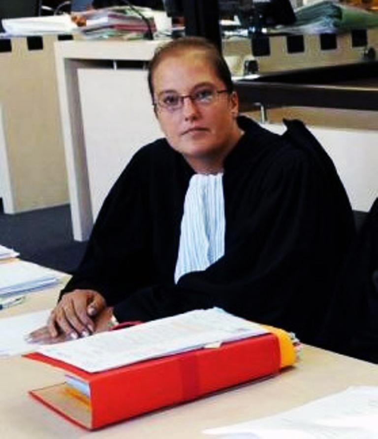 Avocate en droit de la famille, pénal, à Carssonne et Mazamet