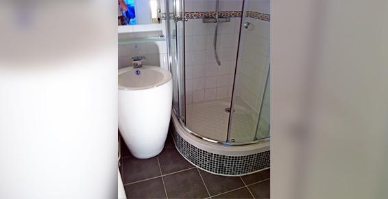 M. Guyard Yoann à Montreuil Sous Bois - Bac à douche