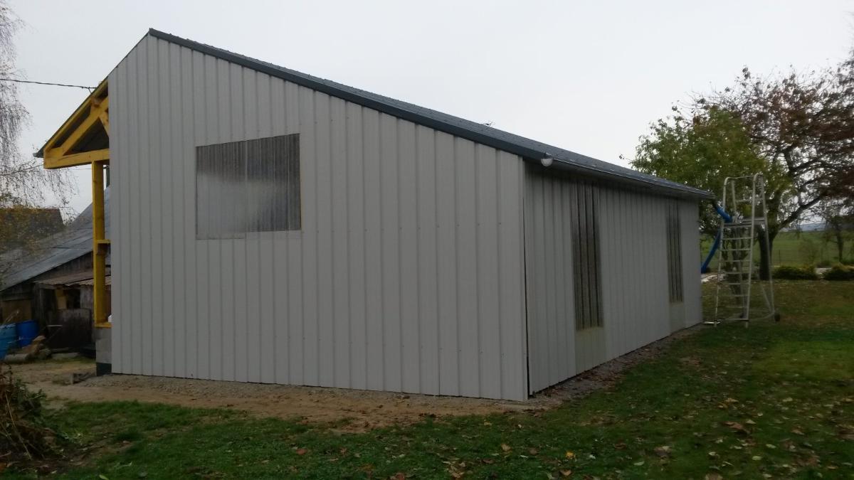 AG RENOV' charpente et couverture hangar à Gennes-sur-Seiche