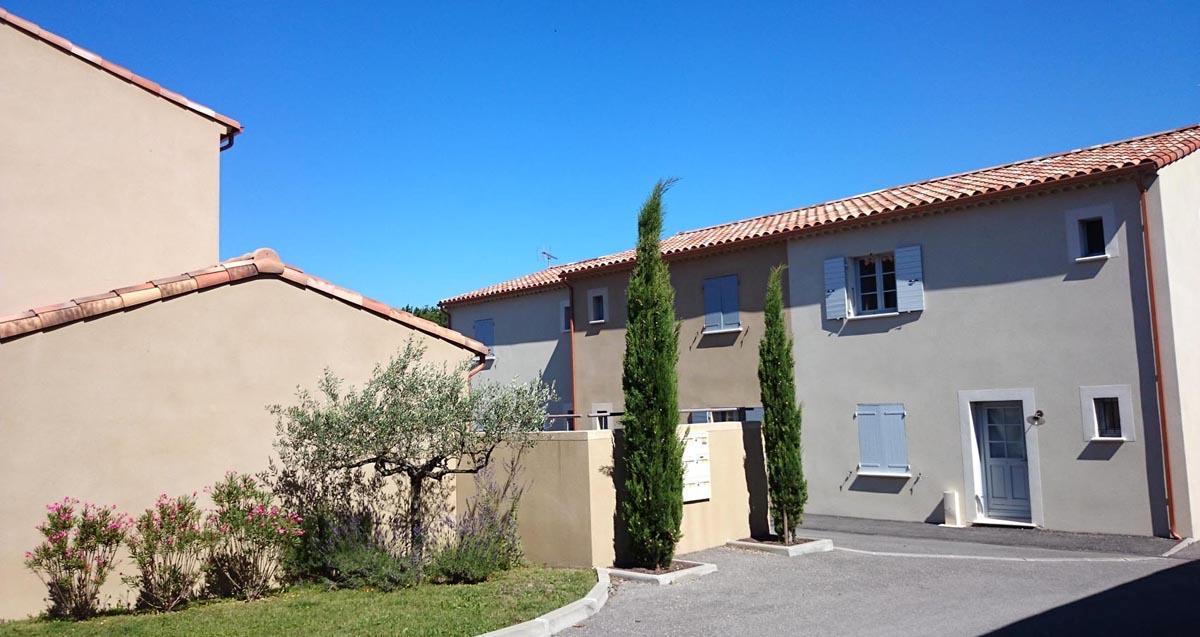 28- Habitat groupé en Drôme Provençale