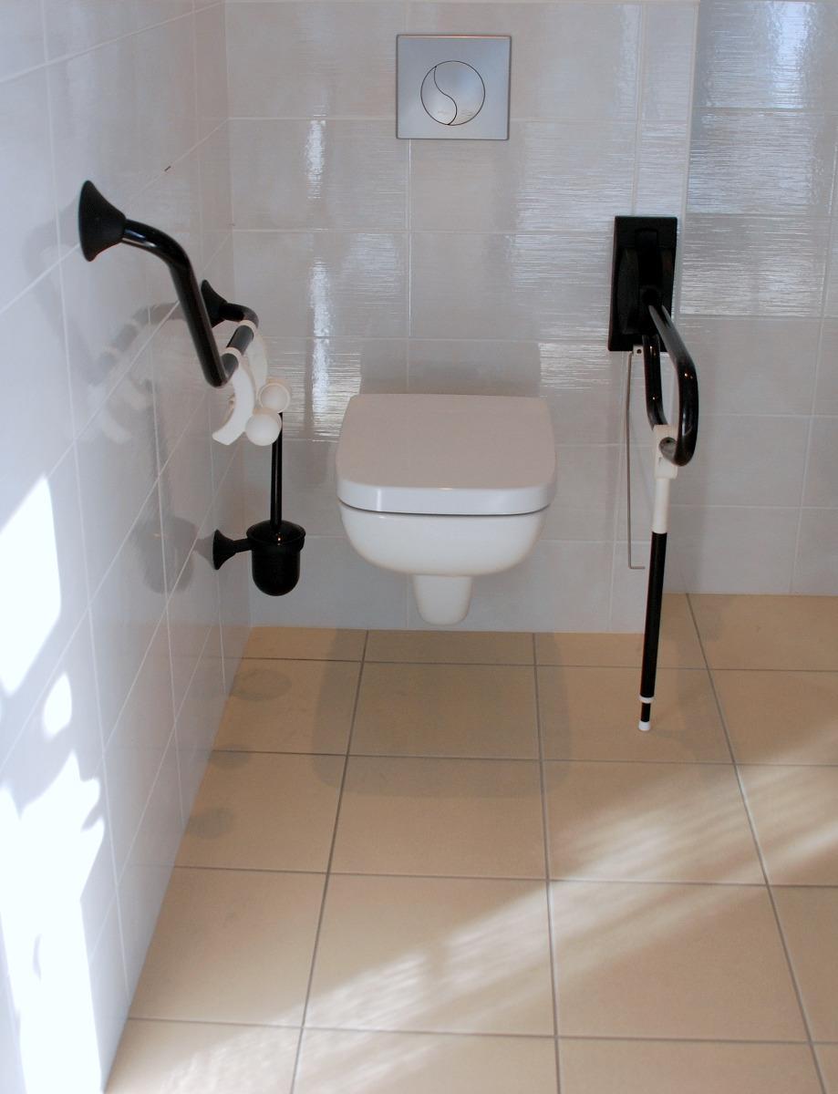 WC Adapté pour personne Handicapée à Paris