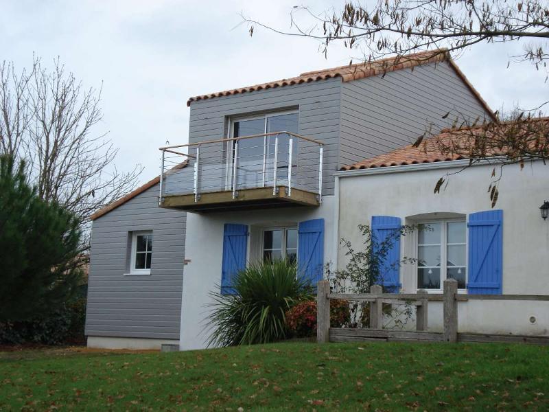 Bardage pour maison - Huet Menuiserie Mothaise - Vendée (85)