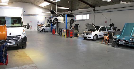 Garage GS Automobiles - Atelier à Joué-lès-Tours