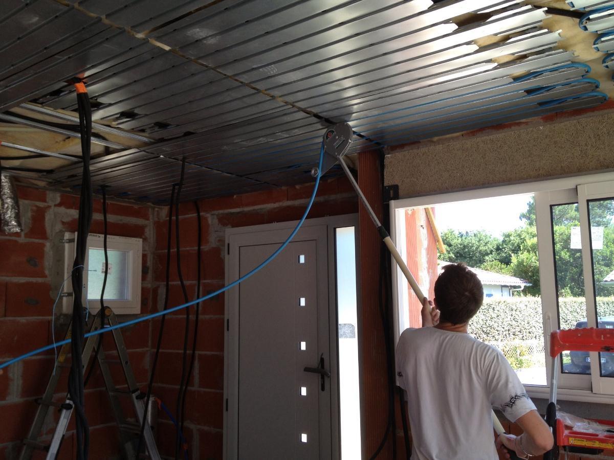 Chauffage central au plafond