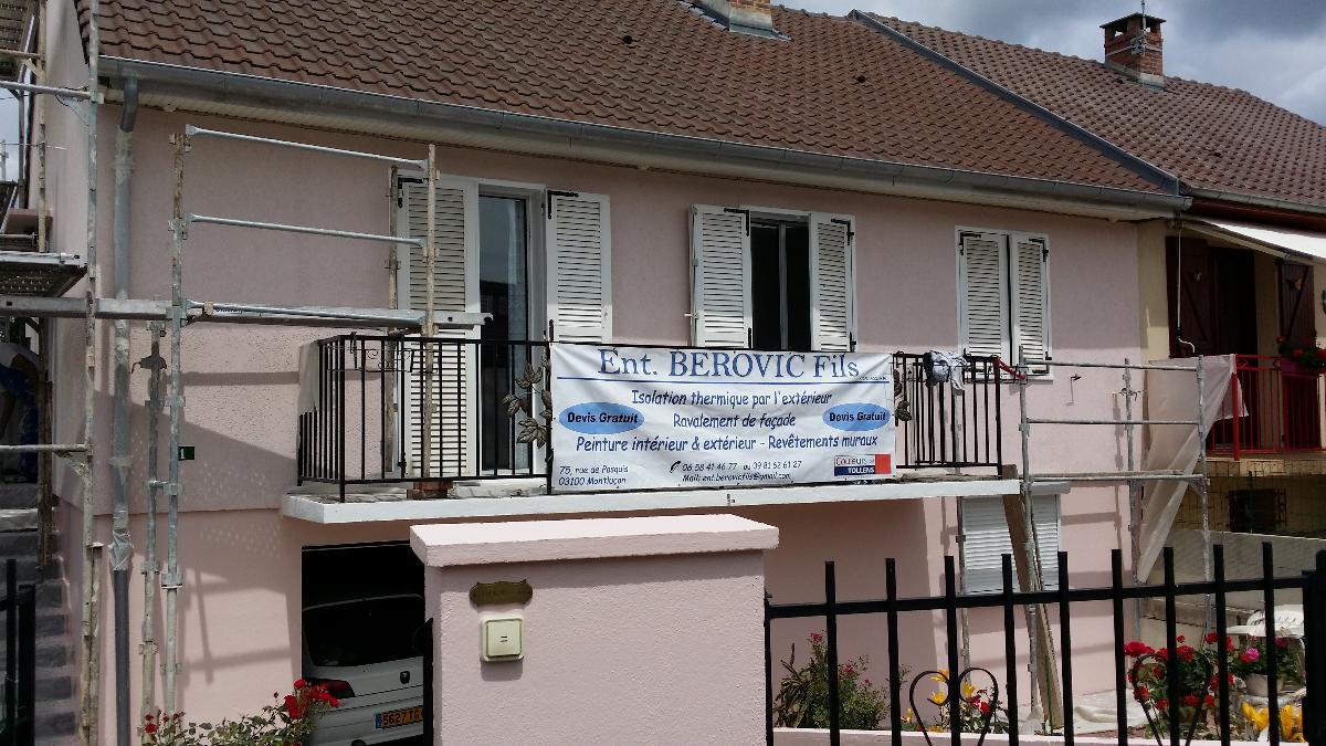 Berovic pose RPE façade