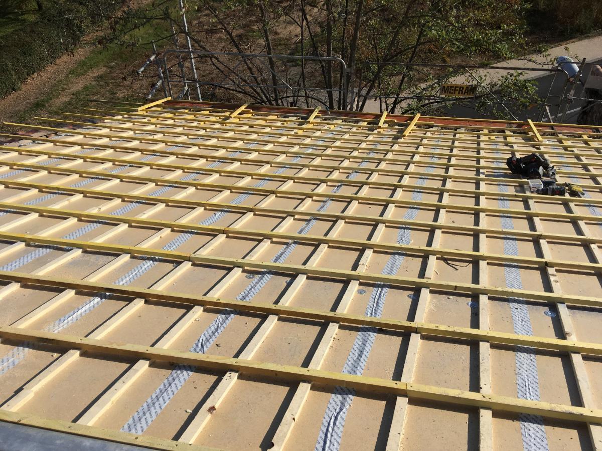 4/5 Réfection toiture par panneaux isolants