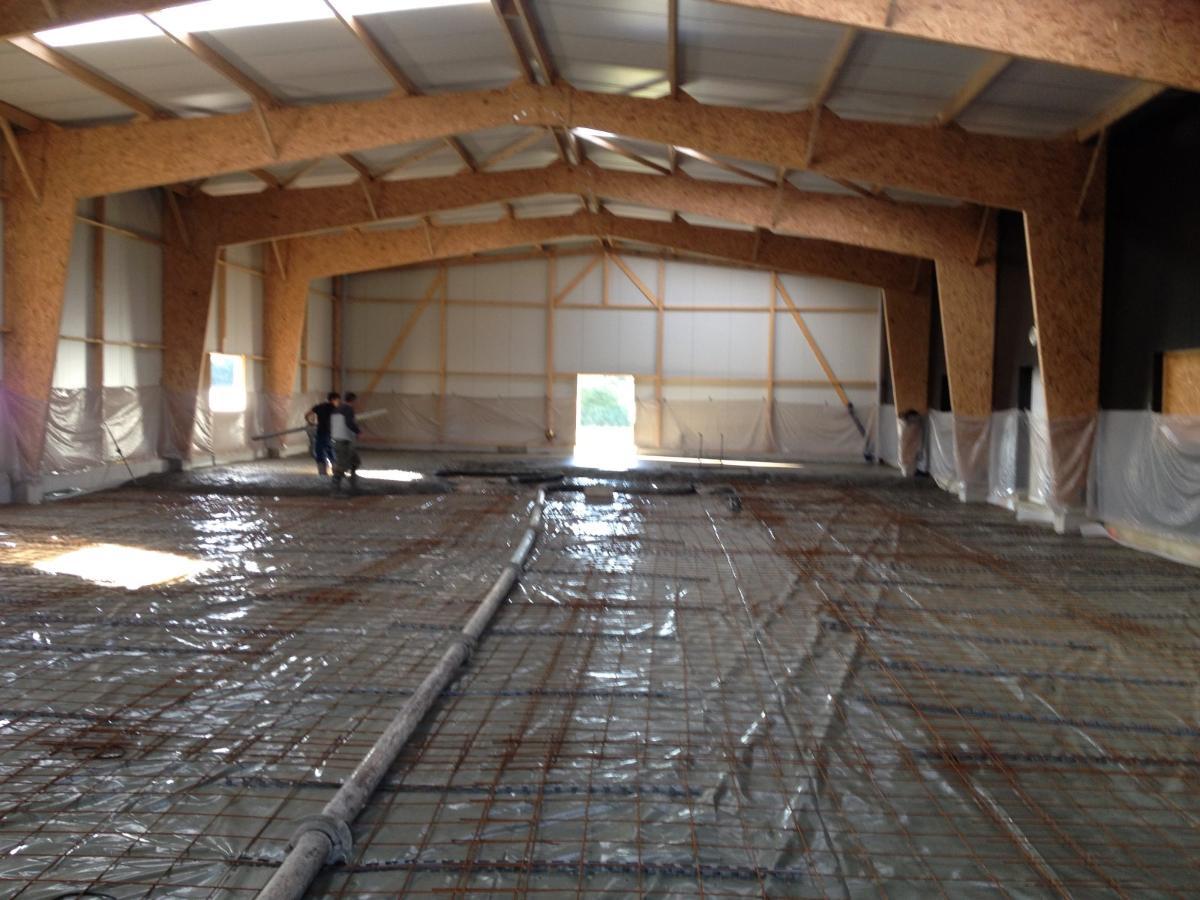 Préparation d'un dallage industriel - Fougères près de Rennes