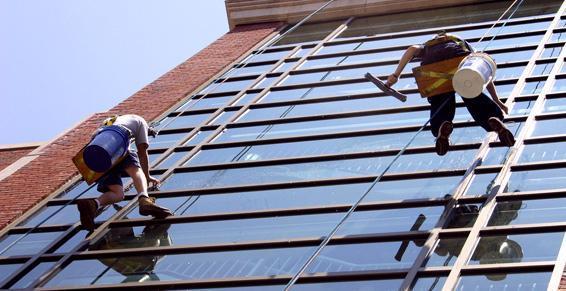 Nettoyage des vitres.