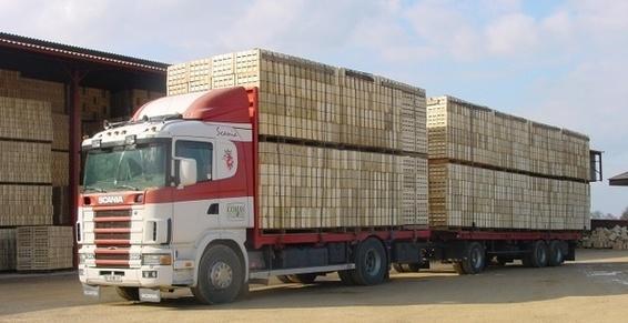 Transport de Cagettes Bois avec notre flotte de camions