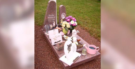 Rudloff Monuments Funéraires - Création de monument cinéraire