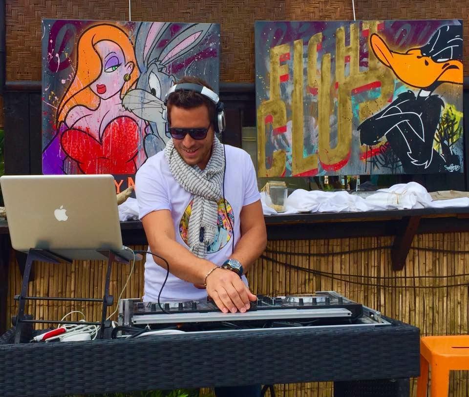 RESIDENT DJ