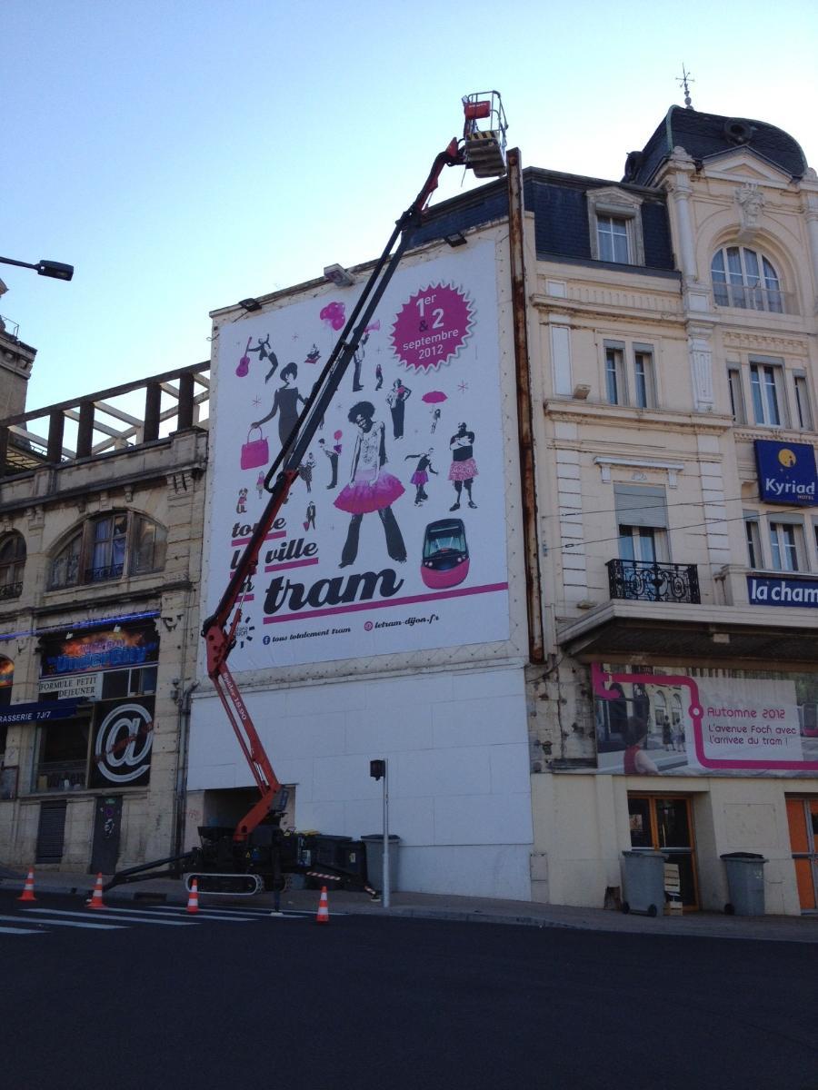 Pose de toile tendu par Graffiti à Recey-sur-Ource en Côte-d'Or (21)