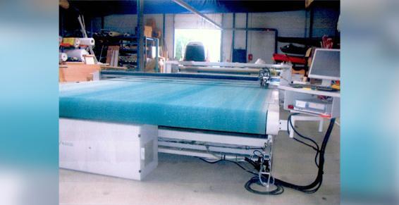 Machine de découpe automatisée France Location Industrie - Vaiges