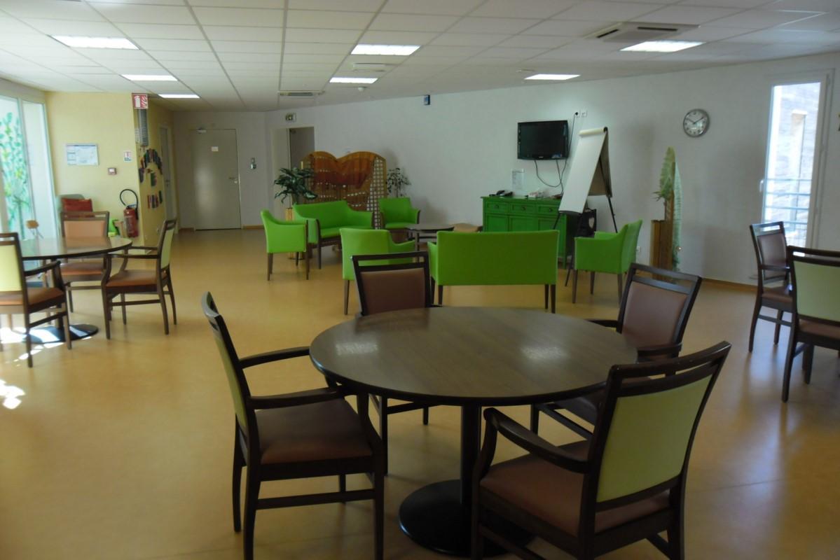 Le PASA du Foyer de Retraite du Combattant à Blaye salle de vie