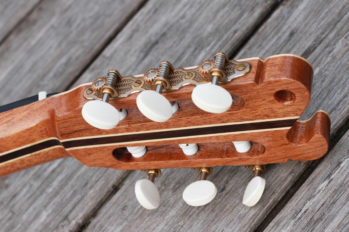 Guitare nylon GN20111512