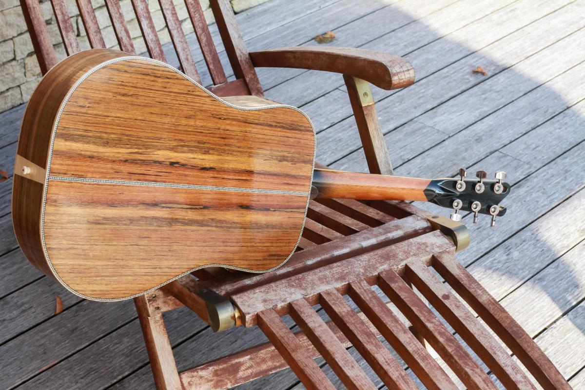Guitare folk dreadnought6