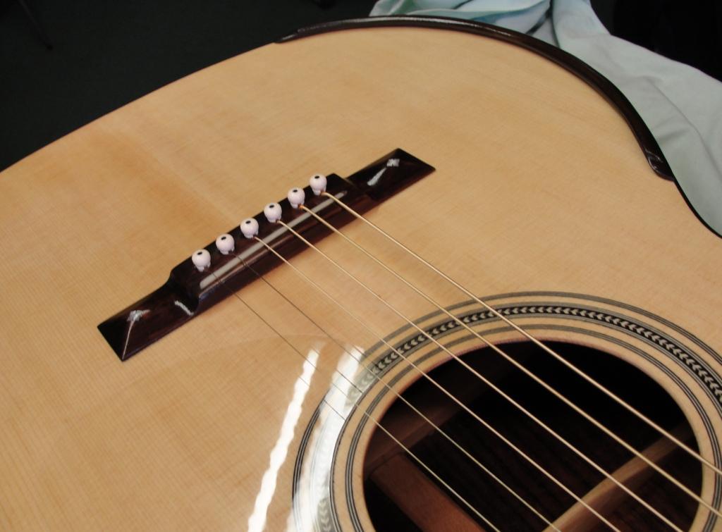 Guitare folk 000 SIMON Th6