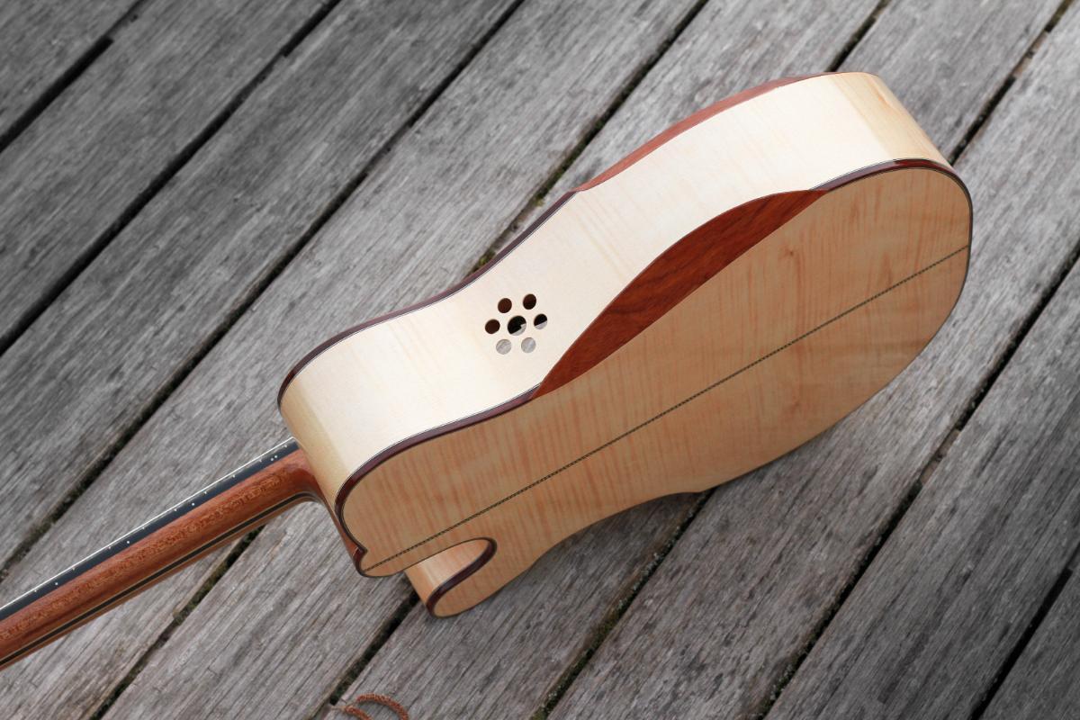 Guitare nylon GN20111513