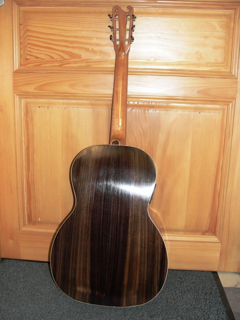 Guitare 000 SIMON