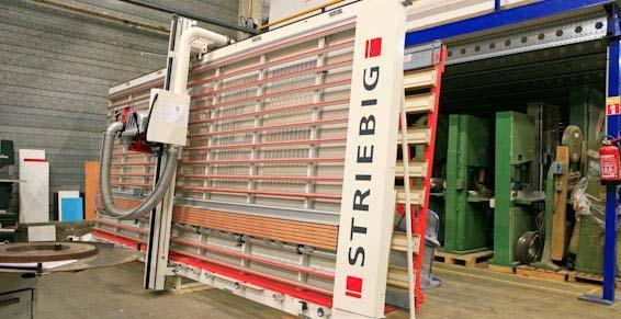 Machines à bois pro - Scie à panneaux verticale Striebig