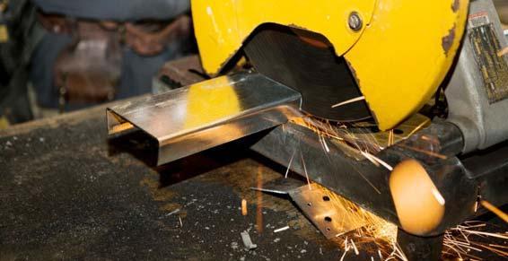 Menuiserie Métallique - Fabrication Acier à l'Atelier