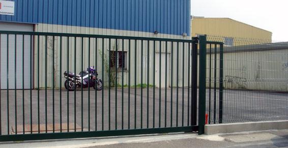 clôtures et barrières - barrière roulante